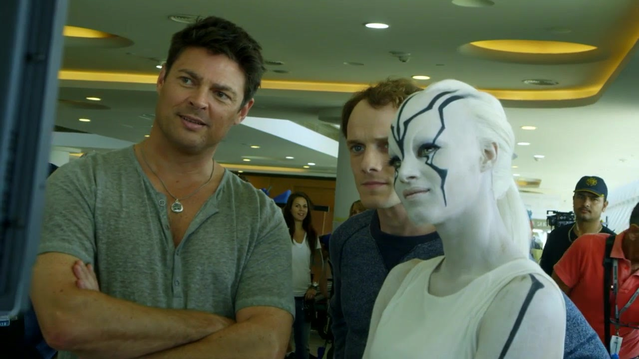 They cast real aliens in Star Trek Beyond.